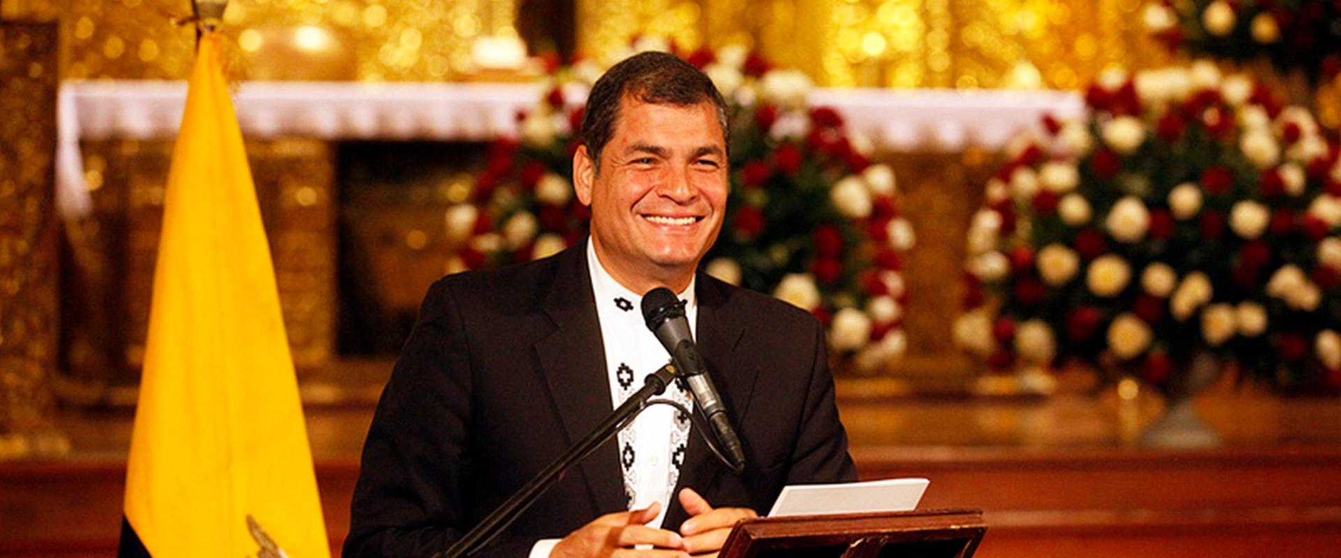 Proyecciones matemáticas de Rafael Correa ubican la disputa por la presidencia del Ecuador entre Aráuz y Lasso.